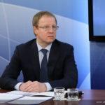 Губернатор Виктор Томенко внесет изменения в антиковидный указ